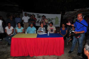 En asamblea de ciudadanos Gobernador escuchó planteamientos de los Cocoroteños