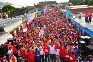 Las calles del municipio Independencia de desbordaron del pueblo revolucionario