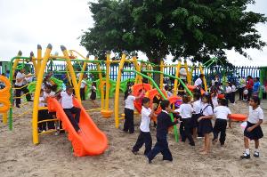 Decenas de niños comenzaron a disfrutar de este lugar