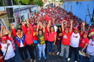 Con marcha respaldaron candidatura de Nelby Galindez