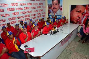 Comando de campaña Bolívar Chávez recibió a los 14 alcaldes electos