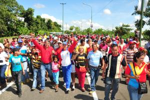 Gobernador inauguró puente de Jobito y parque biosaludable en San Felipe