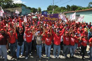 Marchas en apoyo a los candidatos Alex Sánchez y Miguel César