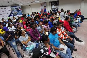 Jóvenes del Psuv debatieron sobre la ley