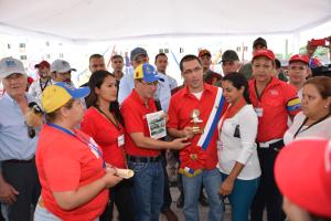 El Vicepresidente recibió la orden del Pueblo Soberano Ezequiel Zamora