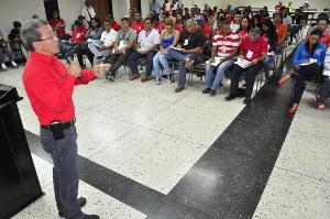 """León: """"Hay que trabajar con conciencia y lealtad"""""""