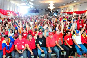 1500 militantes del partido de Gobierno