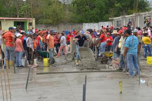El Gobernador del estado activó 220 frentes de construcción de viviendas