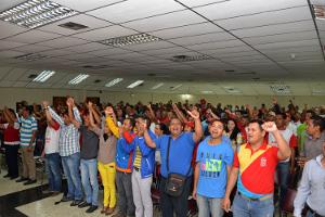 Militantes del PSUV afinan detalles para conrinuar campaña