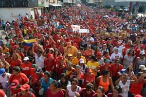 Mujeres revolucionarias salieron a las calles y ratificaron su compromiso con la Patria