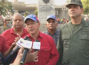 GObernador junto a comandante de la ZODI